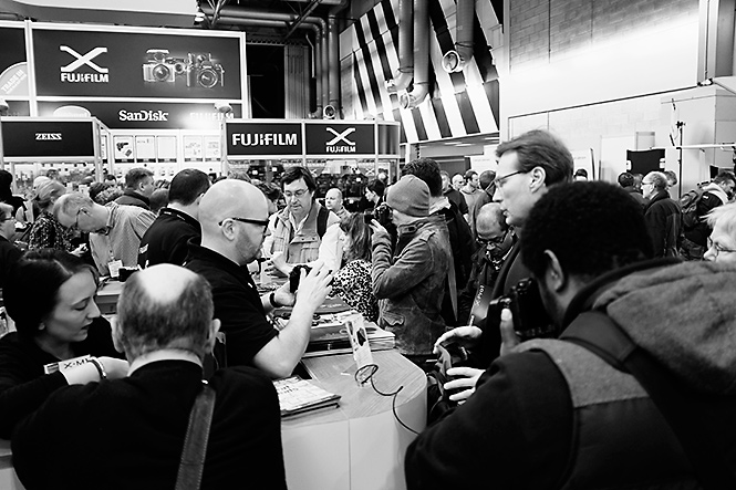 As anticipated, the X-T1 drew a huge crowd of people that wanted to get their hands on one.