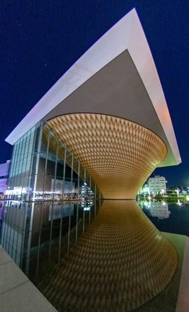 消灯後の世界遺産センター