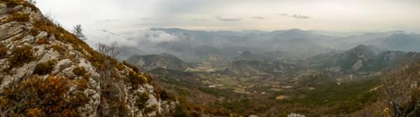 Grandes montañas son reducidas a pequeñas colinas si no estamos suficientemente cerca