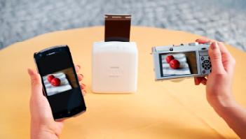 La X-A2 es compatible con la impresora portátil Fujifilm Instax SHARE SP-1