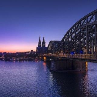 """""""Köln"""" por Antonio Toledo, con Fuji X100S."""