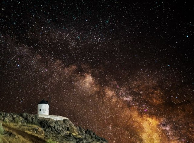 """""""Estrellas de Castilla""""por Jose Luis García, con Fuji X-Pro1 + XF 18mm f/2."""