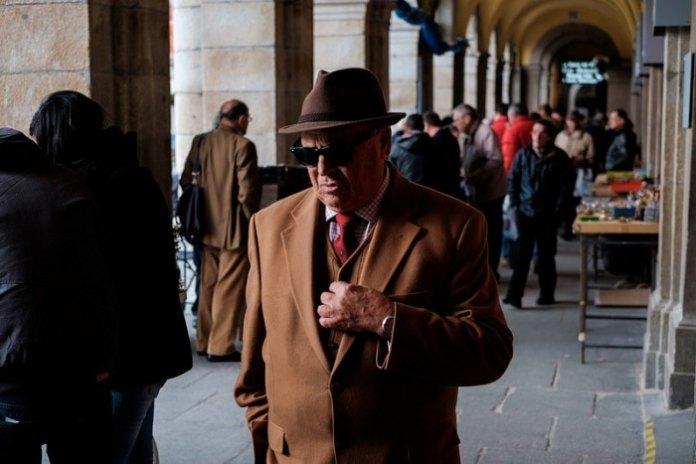 """""""El hombre del sombrero 4"""", con X-E2 + XF 35mmF1.4 R"""