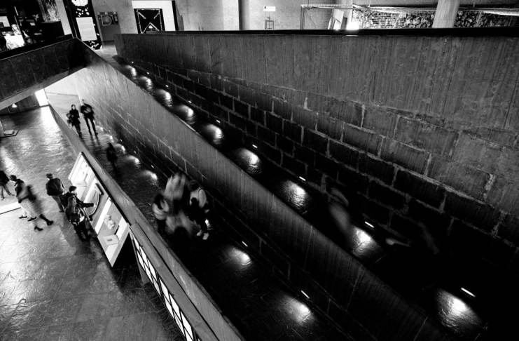 """edificio Domus"" por Luis Argüelles. X-H1 + XF 14mm F2.8 R."