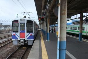 直江津駅6番ホーム