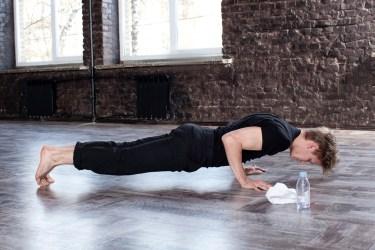 腕立て伏せで鍛えられる筋肉の部位はやり方によって変わります