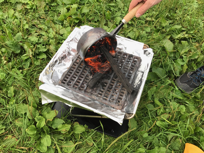 10分で着火!バーナー・火起こし器を使った簡単火起こし方法