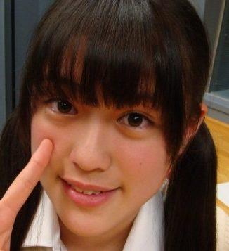 竹内彩姫の水着カップ画像は?歯並びがガタガタで残念?