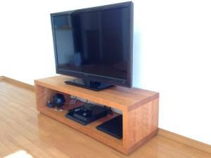 ブラックチェリーのテレビ台