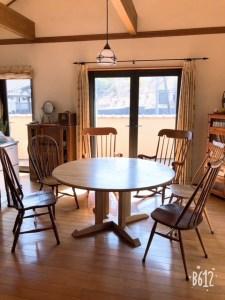 手彫り丸テーブル