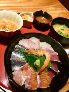 てら岡 海鮮丼定食