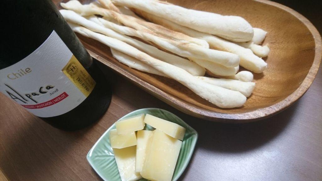 グリッシーニとチーズ
