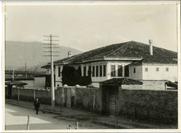 The villa in 1929 (photo courtesy of the Rockefeller Archives Near East Foundation)