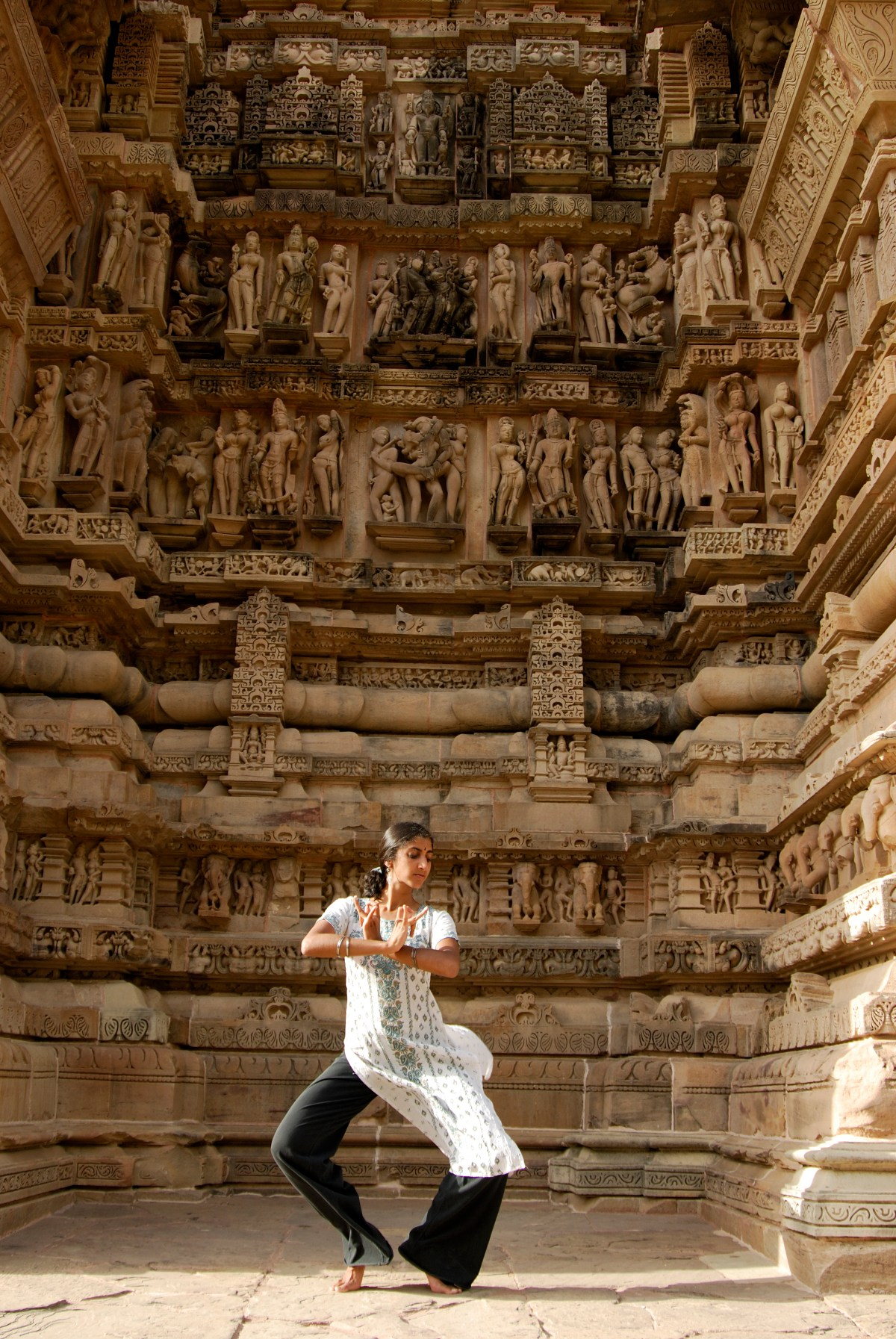 Characterizing South Indian Dance Traditions – Aparna Keshaviah – India 2006