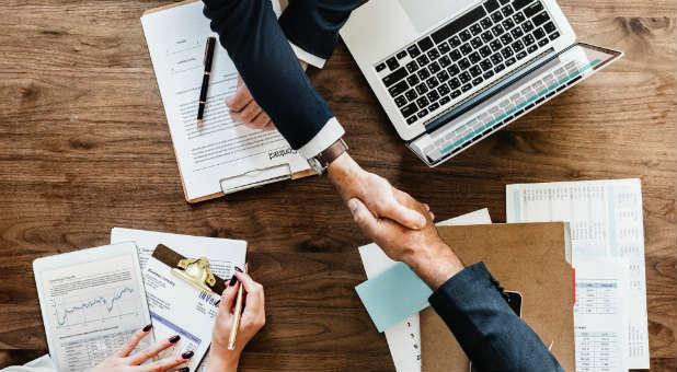 handshake-marketing