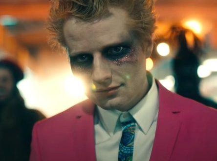 Ed Sheeran – Bad Habits|歌詞翻譯與歌曲介紹|夜晚如惡魔,酗酒與徹夜狂歡的後果