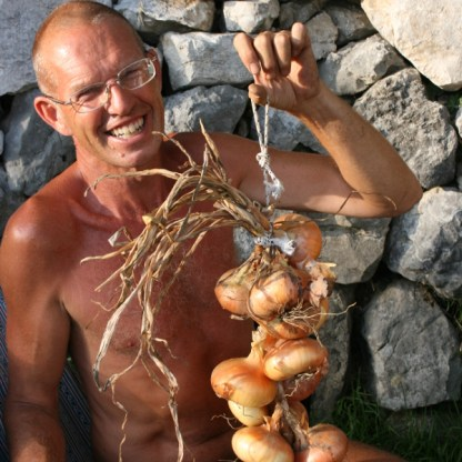 Steve showing off our onions