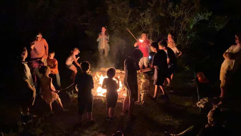 Marshmallow round camp full monte fire