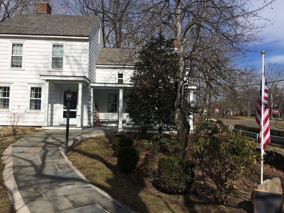 thomas-paine-cottage-in-new-rochelle-new-york