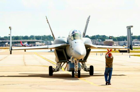Boeing F/A 18 Advanced Super Hornet - rebound of a striker ...