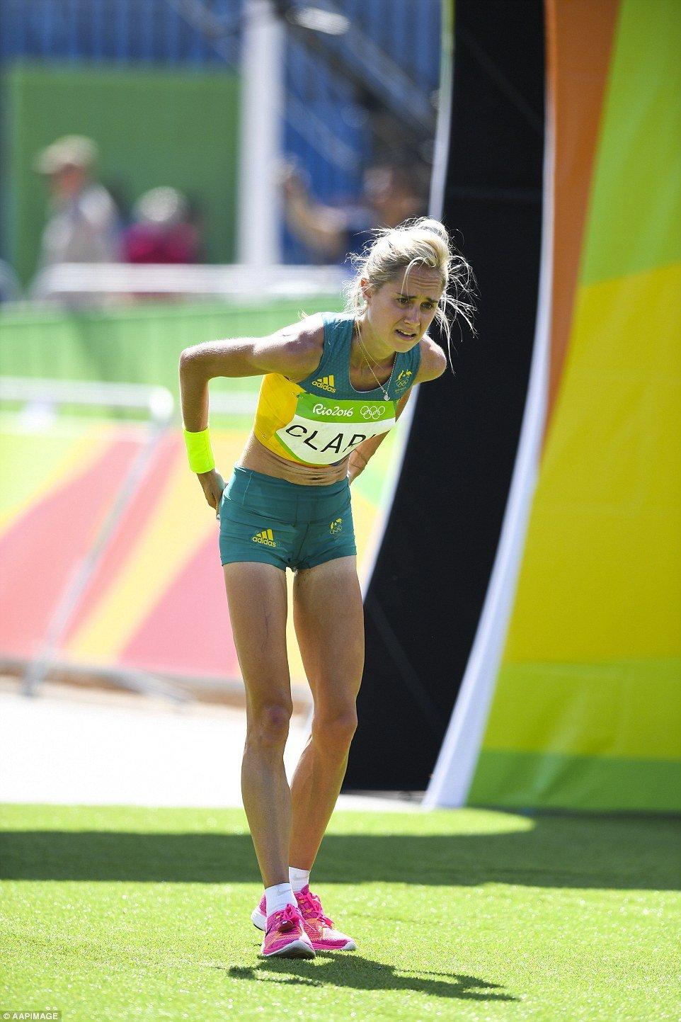 thin marathon runners