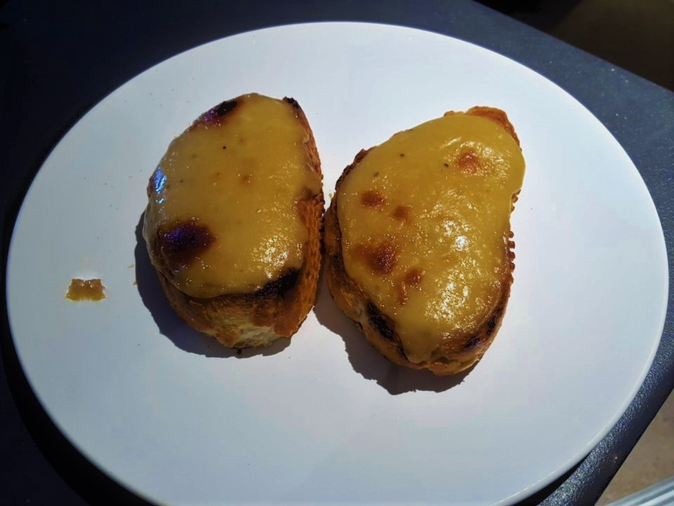 Hugh Fearnley Whittingstall's welsh rarebit