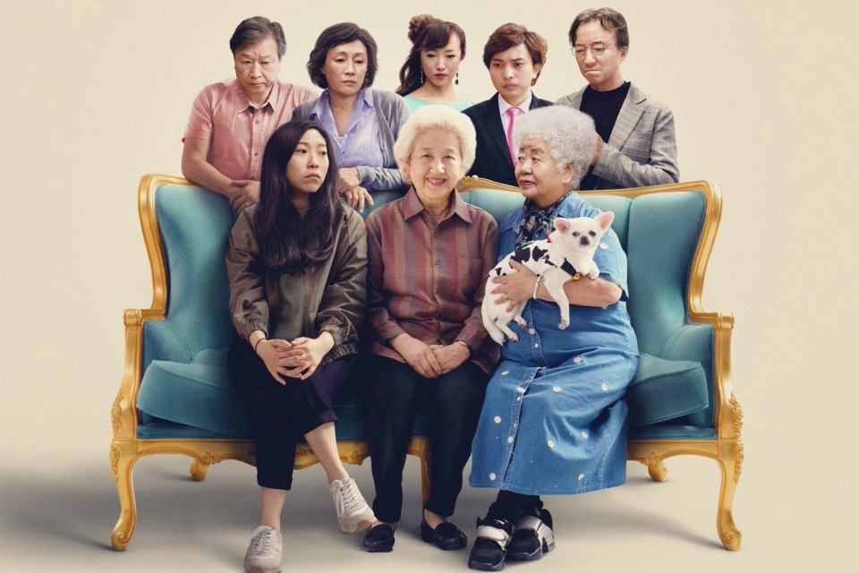 """'The Farewell' Review: """"Familial Discomfort In Cinematic Form"""""""