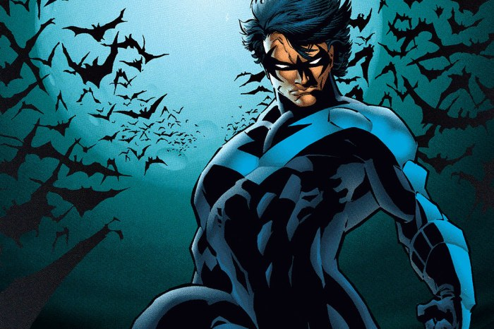 New Look At Nightwing's Suit In 'Titans' Season 2 Revealed