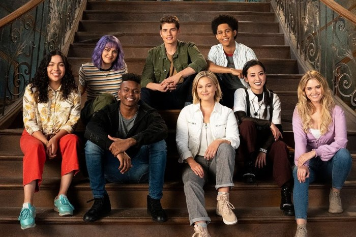 'Cloak & Dagger' Crossover Episode Is Coming To 'Runaways' Season 3