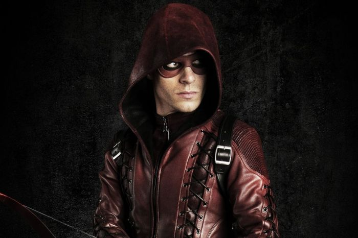 'Arrow' Set Photo Features Roy Harper Returning To A Familiar Location