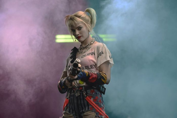 'The Suicide Squad' Set Footage Showcases Harley Quinn's New Look