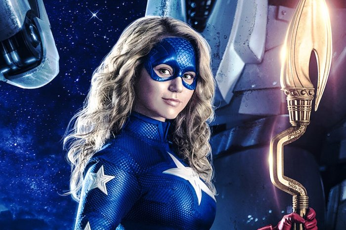'Stargirl' Star Brec Bassinger Reveals Arrowverse Crossover Discussions Have Already Begun