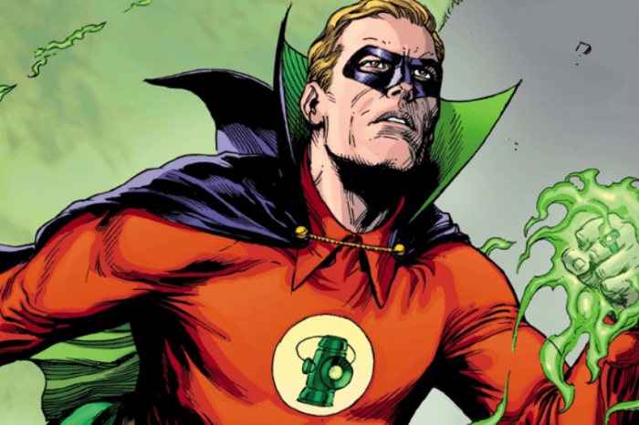 'Green Lantern' Series Reportedly Eyeing Jeremy Irvine For Alan Scott