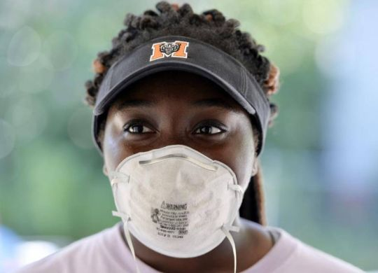 More than 100 Mercer University students help spruce up Macon's Napier Heights area