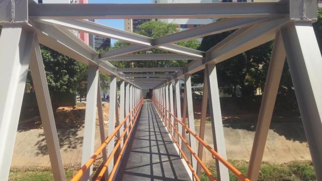 Passarela Metálica em Salvador - Grupo Full