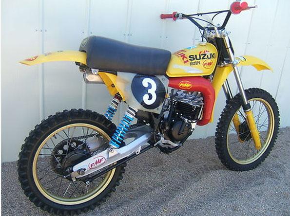 1977 Suzuki RM125 FMF Package