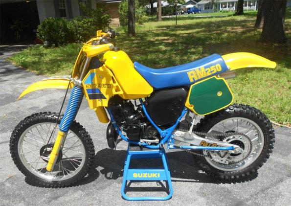 1984-Suzuki-RM250