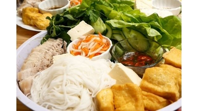Read more about the article Vietnamese Bun Dau Mam Tom Recipe – 4 Best Ways of Cooking