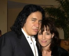Katey Sagal (Peg Bundy) Reveals Affair with Gene Simmons of KISS