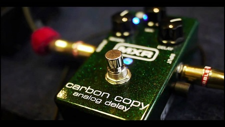 The MXR Carbon Copy Analog Delay Guitar Pedal, Settings, Demo