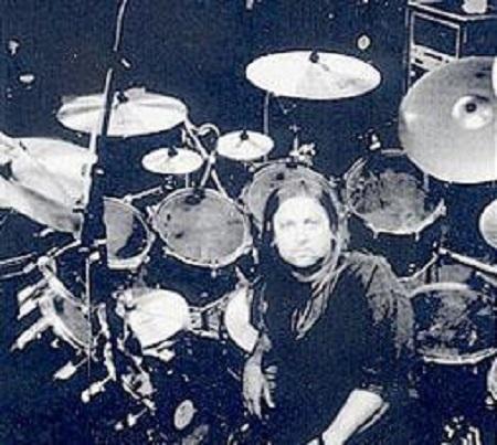 Interview w/ Drummer Pete Holmes, Black 'n Blue, Michael Schenker, Uli Jon Roth, Ian Gillan