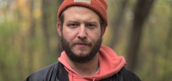 """Watch Bon Iver's Justin Vernon Sing Bill Withers' """"Ain't No Sunshine"""" w/ Grandma's Hands Band"""
