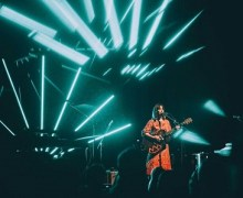 Feist Adds More 2017 Tour Dates