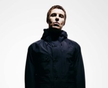 "Liam Gallagher, ""Every single Oasis song that I sang is potentially on the set list for December tour"" + Interview"