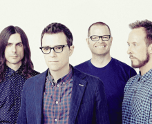 """Weezer """"Beach Boys"""" – New Song from Pacific Daydream – Lyric Video Premiere"""