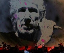 "Roger Waters Sings ""Wish You Were Here"" – Mexico Message"