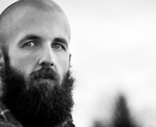 """William Fitzsimmons Covers Tom Petty's """"Learning to Fly"""" – Listen!"""