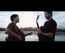 "Milky Chance ""Bad Things"" Acoustic Performance"
