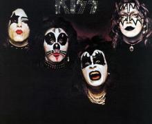 Nikki Sixx Talks 1st KISS Album & Tour 1974