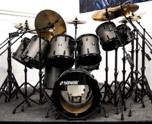 Iron Maiden: Nicko McBrain's 'Somewhere in Time' Kit @ Drum One + 'Seventh Son of a Seventh Son'